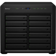 Synology DS2419+ Front